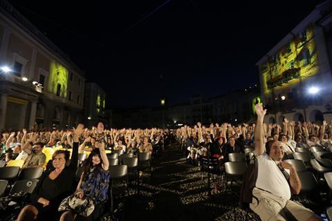 Crowds in the Piazza Grande